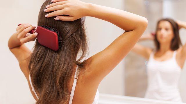 Soluciones caseras para el pelo graso