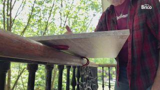 Colocar una mesa colgante en el balcón paso 1