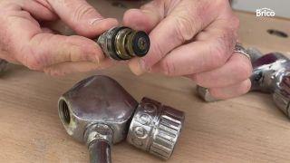 arreglar un grifo que gotea paso 4