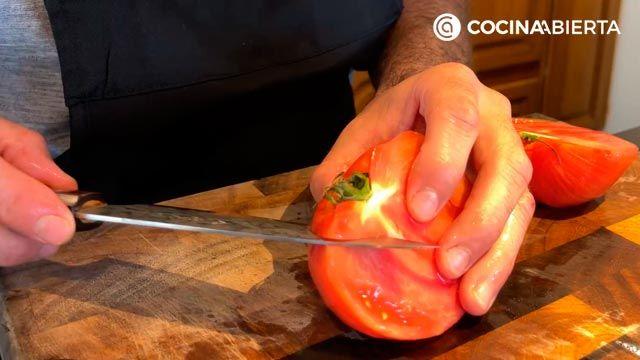 Ensalada de aguacate, tomate y bonito (con un aliño especial): ¡Joseba Arguiñano cocina desde casa! - paso 3