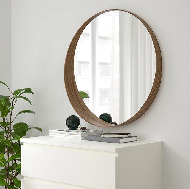 Espejo de nogal redondo Stockholm de Ikea