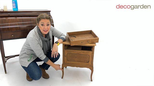 Yolanda Alzola hablando sobre reciclaje de muebles de madera