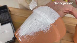 Decorar las macetas con Decoupage - Paso 2