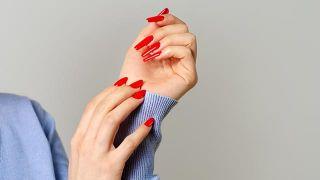 Uñas acrílicas, o cómo lucir unas uñas largas y cuidadas durante varias semanas - Uñas largas
