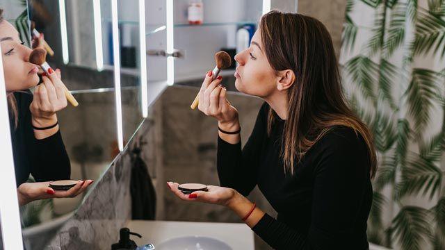 Cómo elegir base de maquillaje según tu tipo de piel