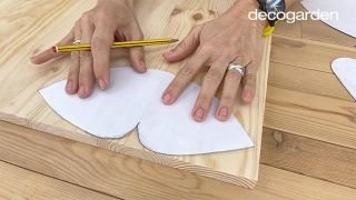 Cómo hacer un móvil decorativo de madera DIY - Paso 1