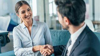 Cómo vestir para una entrevista de trabajo - Entrevista en una empresa innovadora