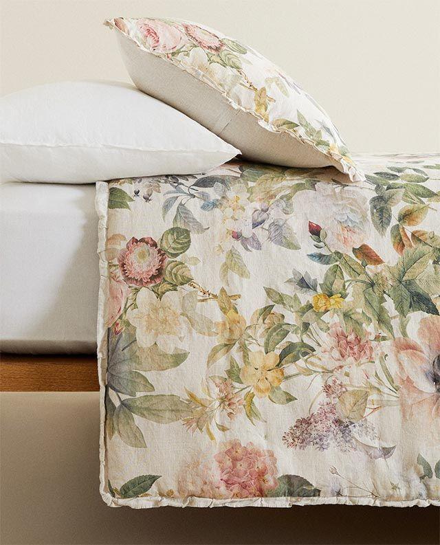 Edredón de lino con estampado floral de Zara Home