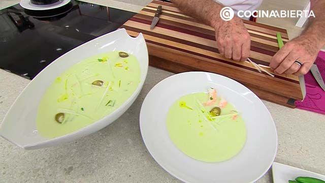 Sopa fría de melón con langostinos