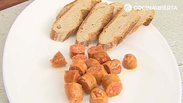 Chorizo al txakoli