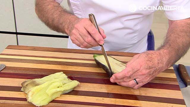 Berenjenas rellenas con bechamel de queso azul
