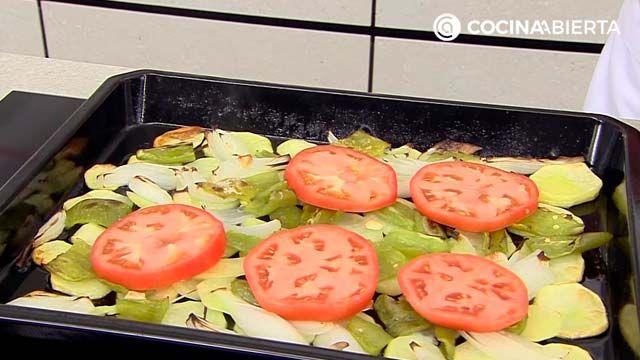 Fogonero noruego asado con patatas panadera