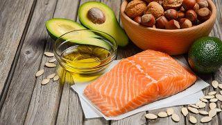 Lo que no sabes de los productos light o bajos en grasa - Alimentos ricos en grasas saludables