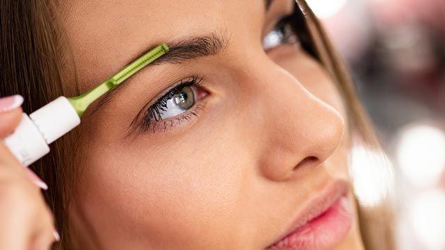 Mejores sérums para hacer crecer las cejas y las pestañas