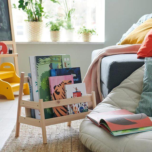 Balda para libros Flisat de Ikea.