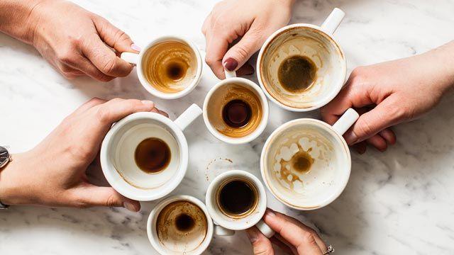 Objetos y superficies que se pueden limpiar con sal de mesa: manchas de café