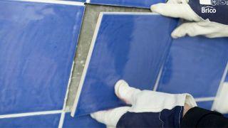 Cómo reparar azulejos paso 4