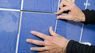 Cómo reparar azulejos paso 6