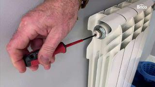 radiador no calienta paso 4