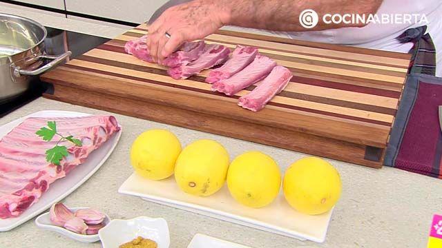 Costilla de cerdo con salsa de limón