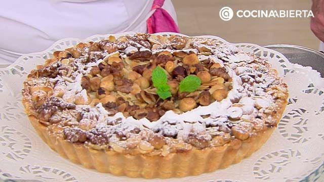 Tarta sueca de manzana con frutos secos