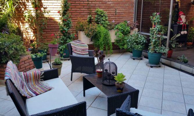 patio decorado en la comunidad de jardiner a