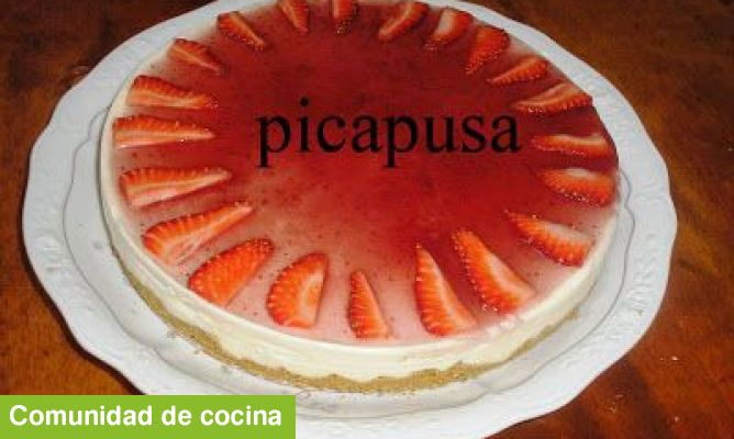 Tarta de quesitos y fresas - To�i Sempere