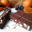 Receta de Turrón de chocolate con almendras y naranja confitada