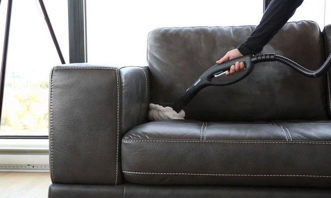 Consejos para limpiar a fondo un sof de piel en la - Como limpiar un sofa ...
