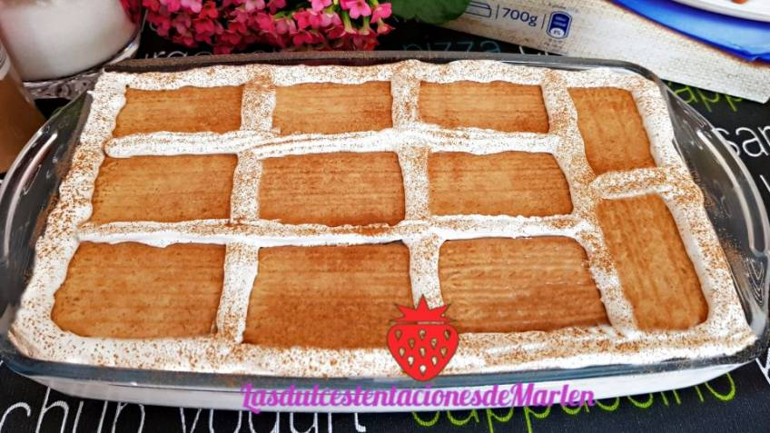 Pastel de tres Leches y Galletas